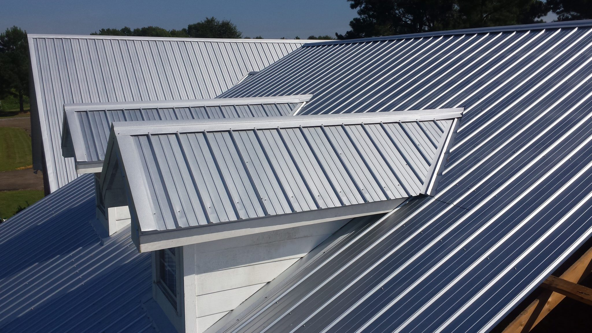 Residential Metal Roof Silver Side